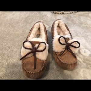 Uggs size 7- brand new slippers